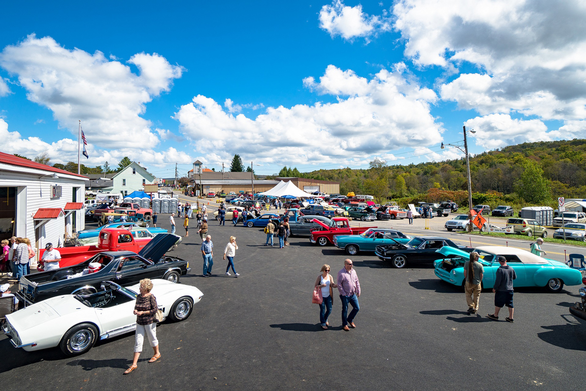 Car show during the Leaf Peepers Festival in Davis